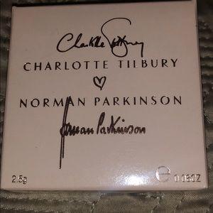 Charlotte Tilbury xNorman Parkinson LE cream BLUSH